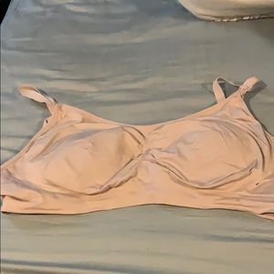 Motherhood Maternity. 3x nursing bra with inserts